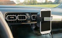 Autós mobiltelefon tartó és töltő