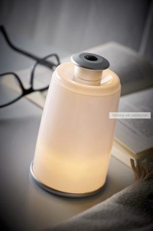 Éjjeli lámpa, 3 db melegfényű fehér LED